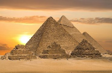 1440x1000-the-complex-is-the-great-pyramids-in-egypt