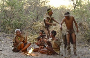 25Meno a Kwena - Bushman Experience Games