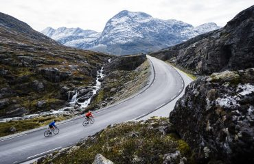 Biking_PhotoCredit_FjordNorway_fjordnorway.com (1)