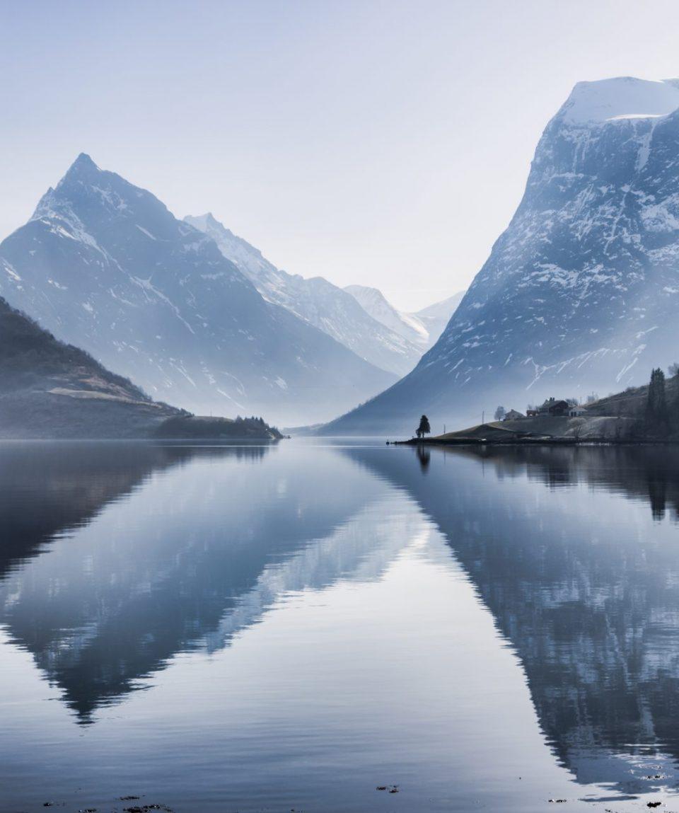 Hjørundfjord_PhotoCredit_Fjord Norway_fjordnorway.com