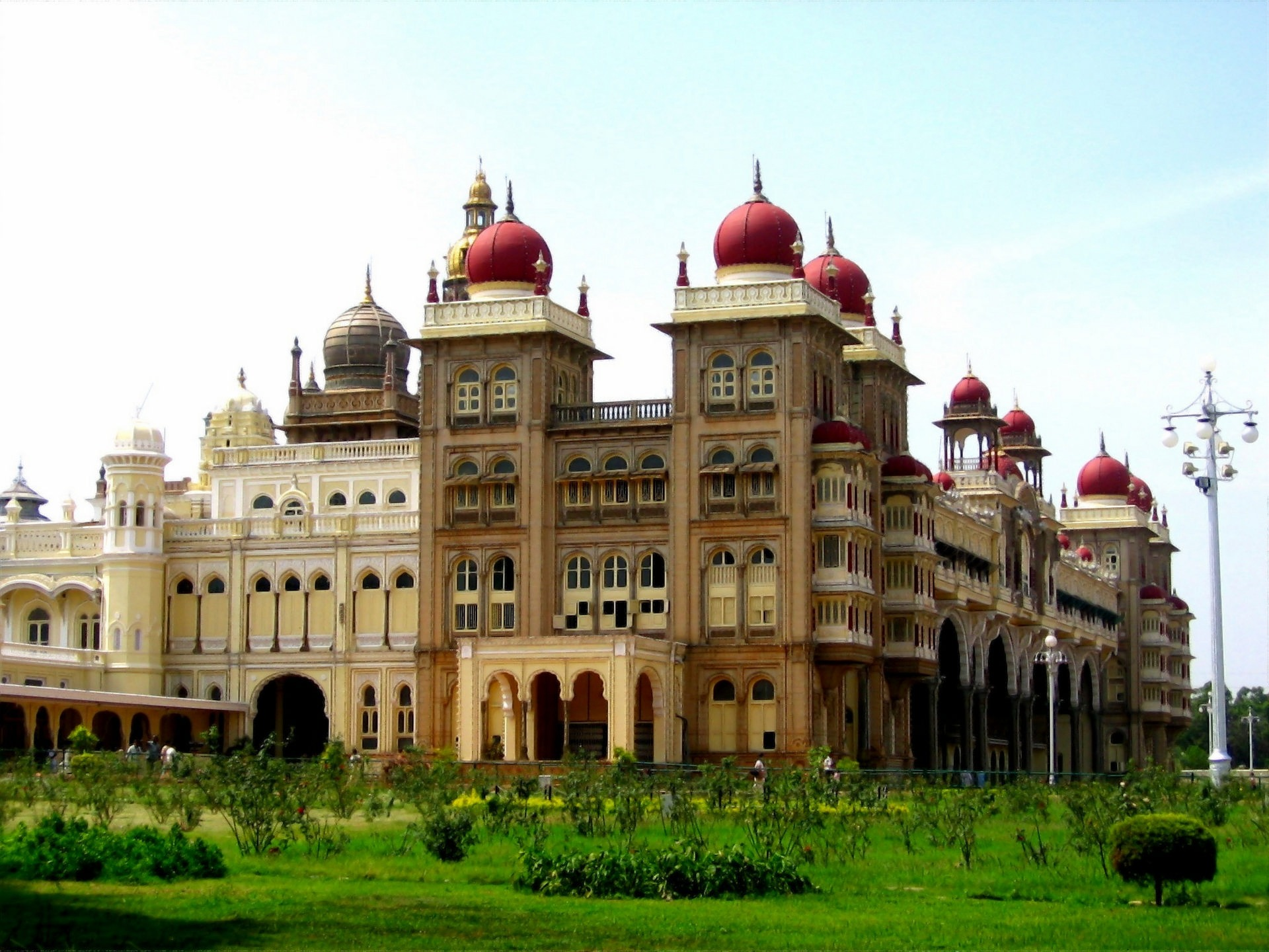 NOMAD-luksusowe-pociągi-Golden-Chariot-Indie-07-1