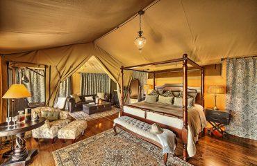 Sand-River-Tent-Interior
