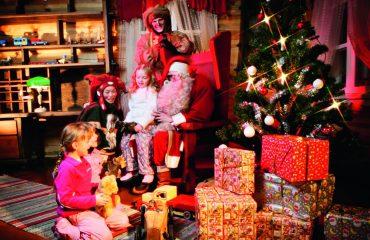 Santa-with-children