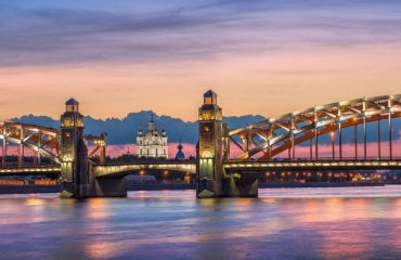 St-Petersburg-nighttime-cropped-xlarge