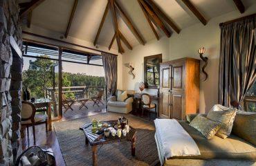 Tsala - Suite Lounge_Deck