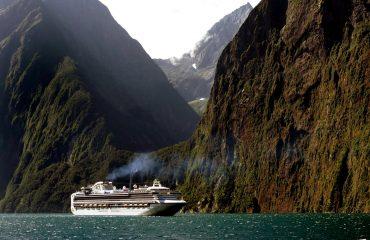 cruise-ship-1775445