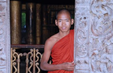 monks-639195
