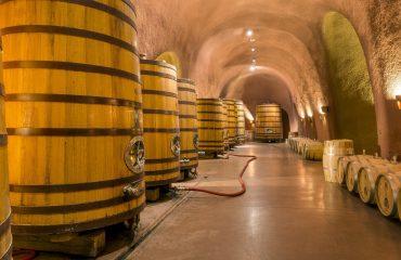 wine-cellar-1916146