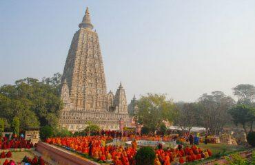 wyprawy-Indie-Varanasi-i-Goa0Mahabodhi-1