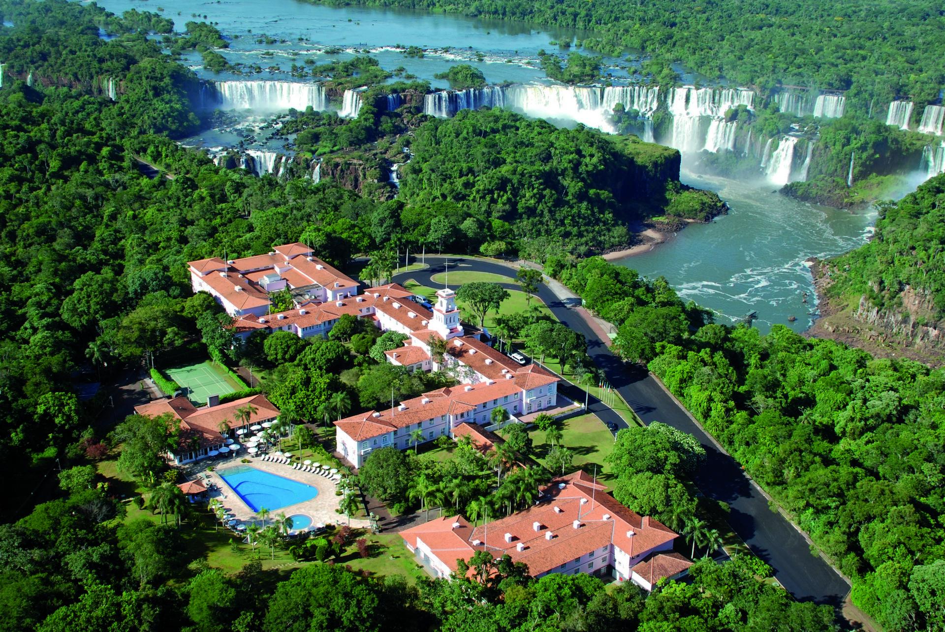 wyprawy-Perły-Ameryki-Południowej-zakwaterowanie-Belmond Hotel das Cataratas-Wodospady-Iguazu