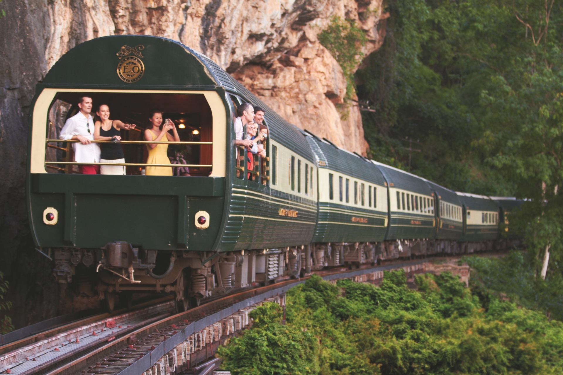 NOMAD-luksusowe-pociągi-Eastern-Oriental-Express-02-1