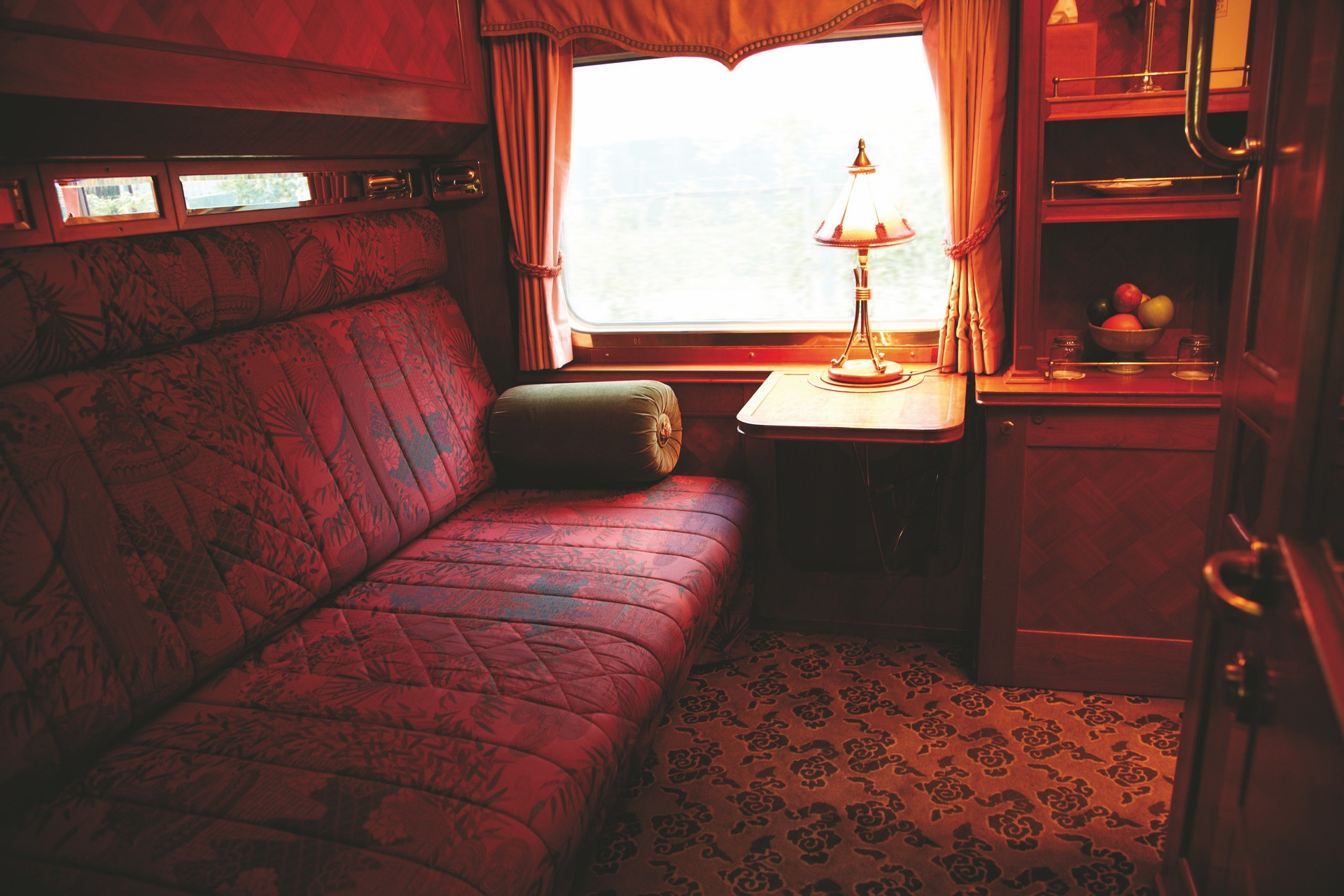 NOMAD-luksusowe-pociągi-Eastern-Oriental-Express-09-1