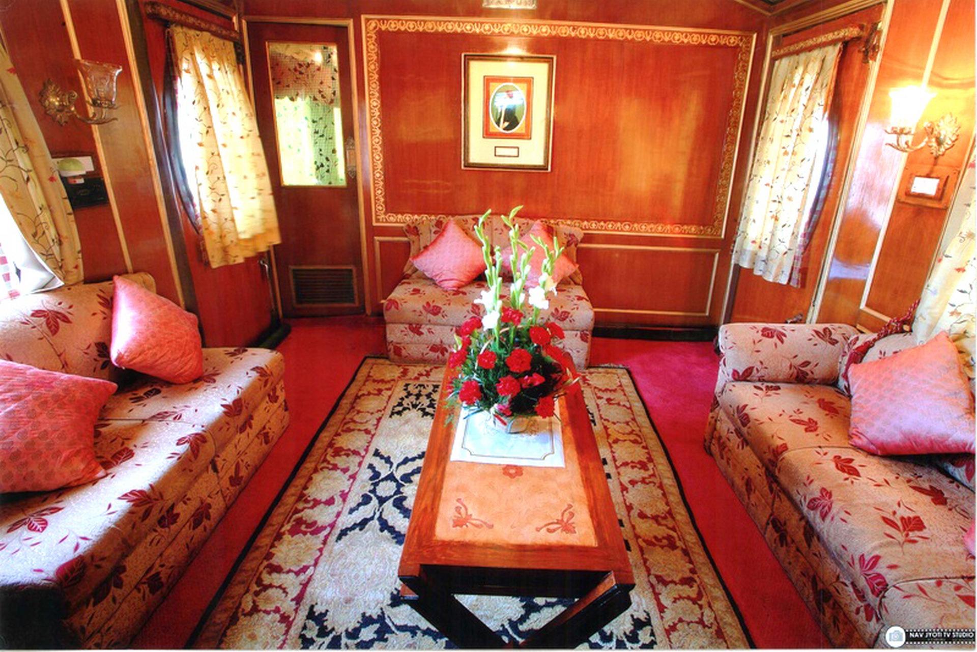 NOMAD-luksusowe-pociągi-Palace-on-wheels-Indie-02