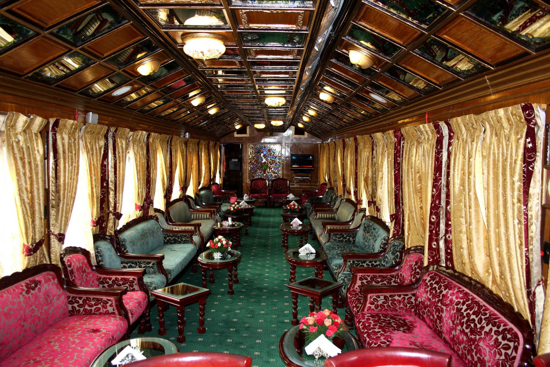 NOMAD-luksusowe-pociągi-Palace-on-wheels-Indie-05