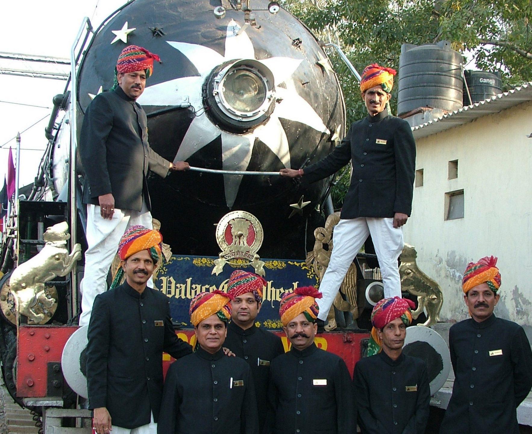 NOMAD-luksusowe-pociągi-Palace-on-wheels-Indie-09