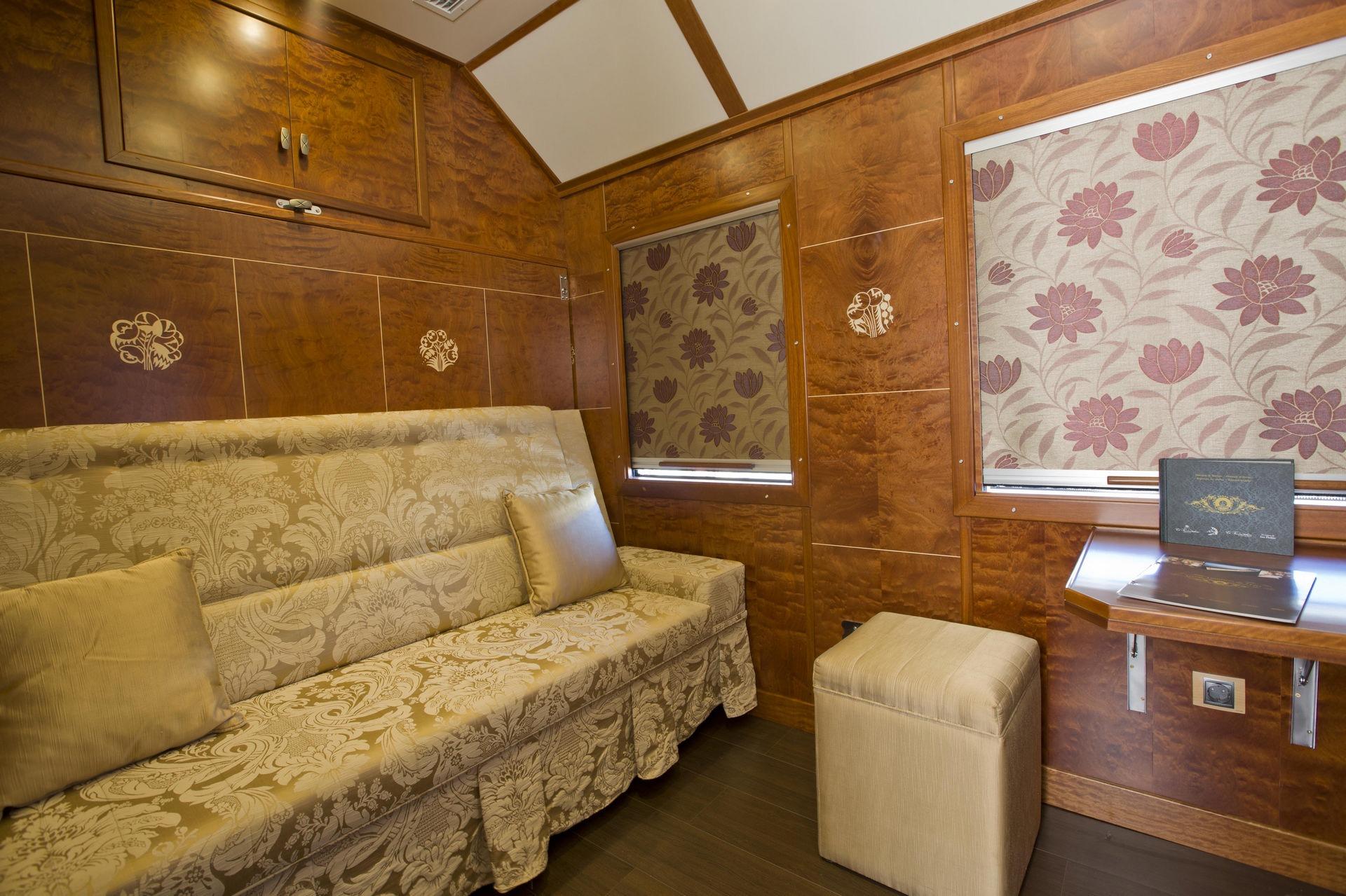 NOMAD-luksusowe-pociągi-w-Hiszpani-Al-Andalus-05
