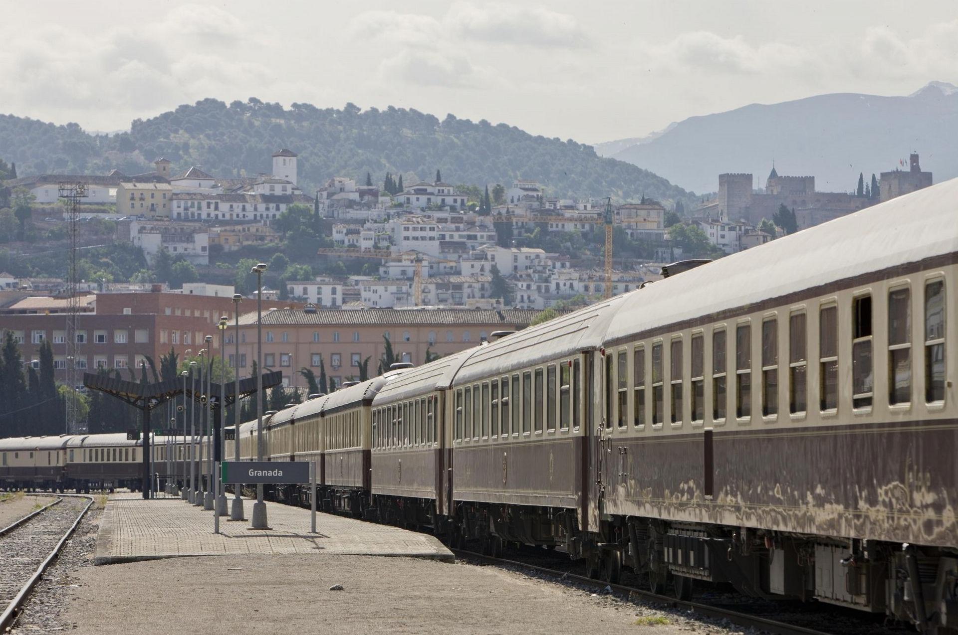 NOMAD-luksusowe-pociągi-w-Hiszpani-Al-Andalus-12