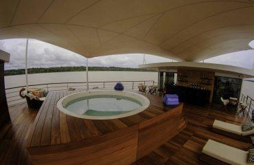 wyprawy-statki-rejsy-eskpedycje-Zafiro-Cruise-08