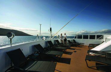 SC10007-sun-deck