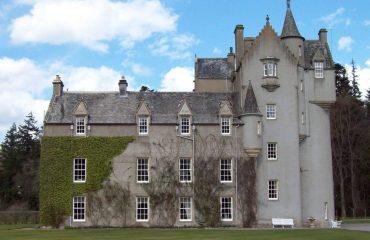 Ballindaloch_Castle by RedSonje Wikimedia Commons CC BY-SA