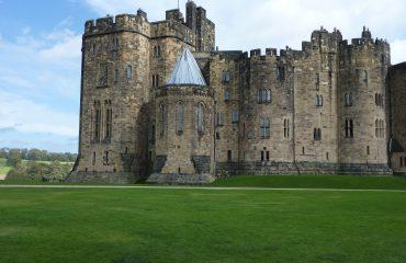 alnwick-castle-517175